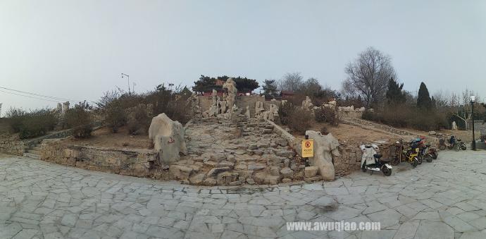 碧霞祠为泰山奶奶庙,当地人俗称小泰山。